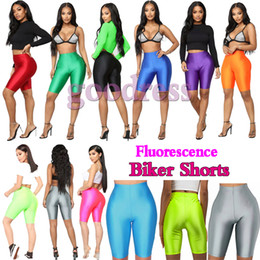 calças de cetim Desconto Brilhante fluorescência Biker Shorts mulheres Verão Treino alta cintura fina elástica Streetwear moda cetim Neon Bodycon calças curtas leggings