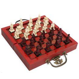 Juegos de ajedrez chinos online-Top Cheristmas Regalos Juegos de ajedrez tradicionales Decoración vintage Artesanía Figuras antiguas chinas Juego de ajedrez Borradores en miniatura