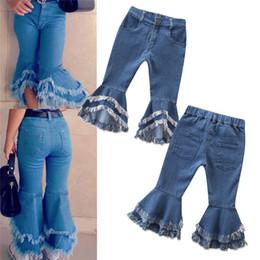 Bebek Kız Flare Denim Pantolon Püsküller Flared Jeans Çocuk Kız Tasarımcı Giyim Pantolon INS Stil Denim Bell Alt Önyükleme Pantolon nereden bol kot pantolon tedarikçiler