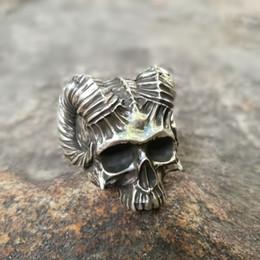 2019 anéis crânio demônio Único Chifre De Diabo Crânio Anéis Dos Homens de Aço Inoxidável Demônio Satan anel de prata do punk biker jóias anéis crânio demônio barato