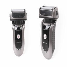 2019 cuchilla de afeitar al por mayor Kemei máquina de afeitar eléctrica recíproca 3 cuchillas KM-9001 maquinilla de afeitar de carga al por mayor maquinilla de afeitar RSCW-9001 para hombres cuidado facial rebajas cuchilla de afeitar al por mayor