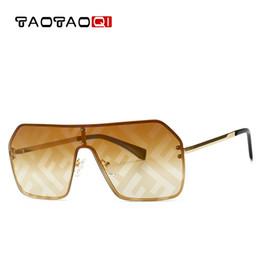 c3397e2125 TAOTAOQI lunettes de soleil surdimensionnées mode lunettes de soleil marque  femme lunettes rétro carrés sans monture bouclier lunettes de soleil de  luxe ...