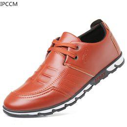 Трендовая обувь британская онлайн-IPCCM 2019 Spring New High Quality Men's Leather Shoes British Korean Casual Youth Fashion Wild Soft Bottom Trend