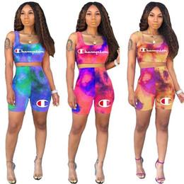 Tie-Dyed Mulheres Carta Carta Shorts Treino Designer Colheita Tanque Colete T-Shirt Shorts 2 Peças Sem Mangas Outfits Marca Sportswear A6501 de Fornecedores de tie tinte t shirts
