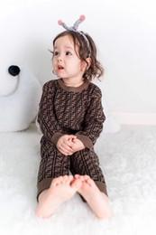 Lüks mektubu F örgü pamuk yenidoğan bebek çocuk tulum spor tarama takım elbise FD yumuşak ve rahat ev giyim Yılbaşı hediyeleri nereden