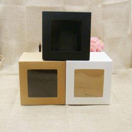 2019 чёрная стоковая бумага 10 * 10 * 10 м 3цветная белая / черная / крафт-бумага со складной коробкой с прозрачным окном из пвх. Сувениры / подарки для рукоделия Упаковочная коробка из бумаги Y19070103 дешево чёрная стоковая бумага