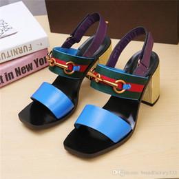 2019 sandales robustes en taille plus designer de luxe Classic Sandals Lady Summer 2019 Designer de luxe dsigner Marque Sandales grande taille élégant chunky talons femmes s promotion sandales robustes en taille plus