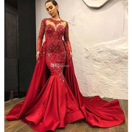 2019 vestido de noiva de manga curta vermelho Mais novo Vermelho Sereia Vestidos de Noite com Trem Destacável Beading Apliques De Cristal Celebridade Vestidos De Baile De Cetim Manga Longa Robe de soiree