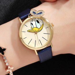 2019 relógios analógicos crianças Relógio das crianças dos desenhos animados pato padrão analógico pu couro relógios de quartzo moda de alta qualidade relógio de pulso para crianças desconto relógios analógicos crianças