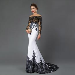vestido de sirena blanca kim kardashian Rebajas Bateau 2019 Lace Real Photo Vestidos de noche de sirena de manga larga Apliques vestido formal de tren de barrido de encaje negro Blanco y negro