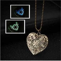 2019 caja de luz en forma de corazón Luz de recorte retro en forma de corazón para abrir la joyería del colgante de la caja de la fase del collar rebajas caja de luz en forma de corazón