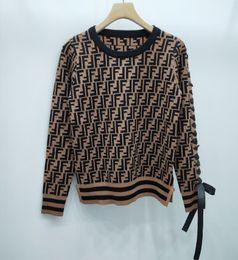 Cardigan maglione mohair online-Donne lettere maglioni jacquard 2019 Autunno Inverno Moda mohair collo alto pannelli maniche lunghe cardigan giacche cappotti