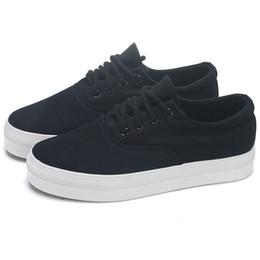 dac7ee887423f Formadores de lona sola grossa preto e branco sapatos mulheres tênis de  plataforma 2019 lona respirável Casual senhoras sapatos de plataforma Zapatos  Mujer ...