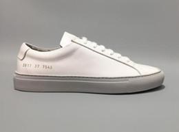Mode sauvage Italie marque Chaussures Décontractées Common Projects Noir Blanc low top chaussures Pour Hommes Femmes En Cuir Véritable De Luxe Chaussures e17 ? partir de fabricateur