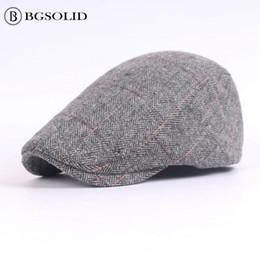 Canada Quel matériel casquette hommes béret en gros automne et hiver dans le vieux chapeau chapeaux vintage cheap wholesale material for hats Offre