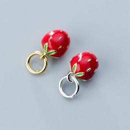 Strawberry jewelry silver online-925 Sterling Silber Farbe Cubic Strawberry Armbänder Charms Hohe Qualität Frauen Nette S925 Silber Anhänger DIY Schmuck Zubehör