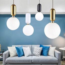Gold anhänger ball designs online-Modernes Loft überzogene Glaskugel-Anhänger Leuchten Industrielle LED Lustres Hängelampe für Schlafzimmer romantischen Design Luminaria