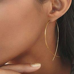 brosche ohrringe Rabatt Fisch-förmige Ohrringe Einfachheit handgemachte Kupferdraht Ohrring für Frauen Gold Farbe Geometrische Ohrschmuck Brosche Ohrringe E019