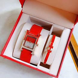 Mädchen valentines kleider online-Valentinstag Geschenk Damenuhren Armband 2 Sätze Luxus Diamant Strass Edelstahl Band Kleid Quarzuhr für Mädchen Frauen Uhr