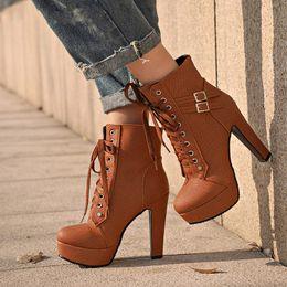 8353ee44dac248 2019 bottes noires chaussures marron 2018 Femmes Filles Bottes Plus La  Taille Bottines Bottes Plate-. 34