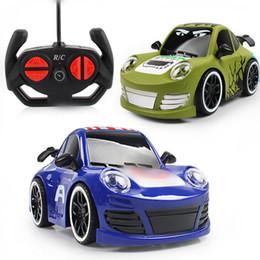 2019 control remoto divertido 1: 18 Electric Rc Cars 4ch juguetes de control remoto juguetes de coches de control de radio modelo de vehículo para niños regalos para niños juguete divertido de Navidad rebajas control remoto divertido