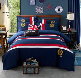 Abito da letto misto rosso bianco blu Abito da ricamo classico ape Royal Stripe Royal Household Classic 4 pezzi Set cheap red white blue bedding da biancheria bianca bianca fornitori