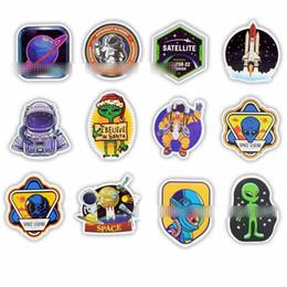 juguetes de cohetes Rebajas 50 Unids / lote Espacio Exterior Pegatinas Juguetes para Niños Alien OVNI Astronauta Cohete Planet Planet Sticker to Scrapbooking Skateboard Laptop C5