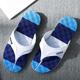 2019 clip a piede Pantofole moda uomo slip tendenza infradito casual piedi clip Joker pantofole sandali coreani uomini