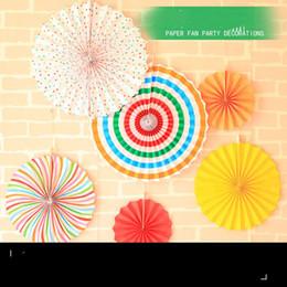 2019 papierlüfterwand Europäische und Amerikanische Papierfächer Set Neues Jahr Dekoration Hochzeit Geburtstagsfeier Hochzeit Hochzeit Hintergrund Wand Kreative Papier Fan Blume günstig papierlüfterwand