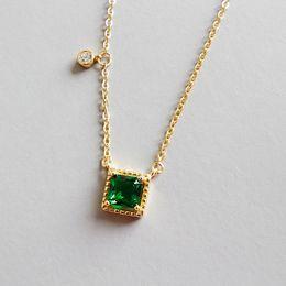 weißgold nummer 925 Rabatt Neue Art und Weise 925 Sterlingsilber-Smaragd-Quadrat-Anhänger-Halskette für Frauen weißen Zircon-Anhänger Geometric NecklacePendant
