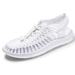 2019 zapatos roma Sandalias populares para hombres sandalias de punto casuales Zapatos de Roma de gran tamaño para hombre zapatos de verano al aire libre zapato unisex gladiador zy329 zapatos roma baratos