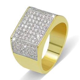 Argentina Grandes anillos de plata chapados en oro para hombres Calidad de grado Glarings Cubic Zirconia Anillos de racimo al por mayor Hiphop clásico anillos de dedo Suministro