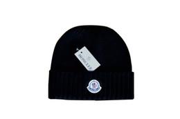 padrões de tricô de chapéu de lã Desconto 2018 homens e mulheres de moda de inverno chapéu de lã chapéu de malha chapéu carta padrão casual chapéu