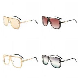 Gafas de sol flexibles online-Aviación gafas de sol de conducción Retro Gafas de sol Pilotos Gafas Hombres Marco grande Flexible A prueba de polvo Popular Resistente a la abrasión 20cc f1