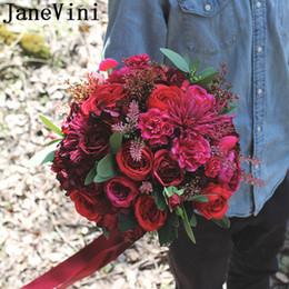JaneVini Красная Невеста Цветочные Розы Свадебный Букет Mariage Rose Fuchsia Искусственный Шелк Свадебные Букеты Лента Западная Брошь Свадебные Цветы cheap silk ribbon roses от Поставщики шелковые ленты