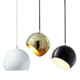 Подвесной светильник с современной сферой онлайн-Современные подвесные светильники Sphere Art Design Вращающийся Подвесной светильник E27 Светильник прикроватный Столовая Гостиная Подвеска лампы