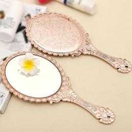espelhos de mão de beleza Desconto Bonito Senhoras de Prata Do Vintage Floral Oval Rodada Maquiagem Mão Segure Espelho Princesa Senhora Maquiagem Beleza Dresser Presente