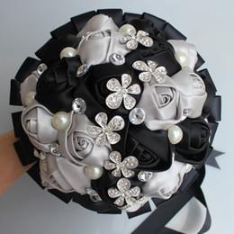 Flores artificiales de plata negro online-Negro de plata de la flor artificial del ramo de cristal impresionante matrimonio boda del ramo de novia Ramo de novia Ramo de flores W241-3