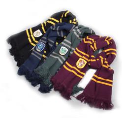 presentes de ravenclaw Desconto Harry Potter lenços Slytherin Gryffindor Ravenclaw Hufflepuff lenço feito malha com borlas de Inverno Engrosse lã quente Cosplay presente Xmas Lenços