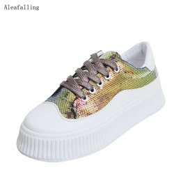 chaussures plates blanches Promotion Aleafalling Cute Flat Little White Women Chaussures plates Respirant Pu en cuir Shinny Bling Zapatos Mujer Fille Chaussures À Lacets