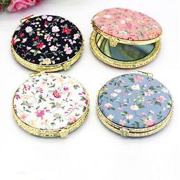 Косметика в стиле винтажа онлайн-Mini Round Pocket Folding  Mirror Vintage Double Sides Floral Printed Chinese Style Compact Cosmetic Tool Portable Gift