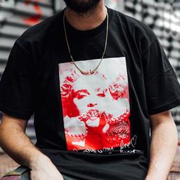2019 meninos pintaram camisas 18FW Box Logo Madonna T preto White Street Skate Mens Designer T Shirt Manga Curta Perfil Casual Foto ao ar livre Posto de camisetas