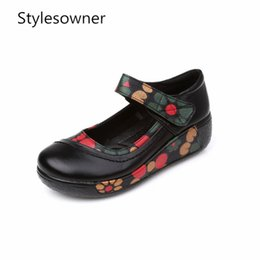 2019 chaussures wedge mary jane Stylesowner Fleur Chaussures Compensées Plate-Forme Moyenne Mary Jane Bracelet Femmes Pointe Ronde Plus La Taille Crossdresser Mode Chaussures Chinoises promotion chaussures wedge mary jane