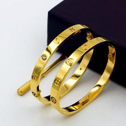 Luxury titanium design classico croce bracciali braccialetti con amanti cacciavite wristband braccialetto in oro rosa amore vite braccialetto C19041601 cheap love wristbands da braccialetti d'amore fornitori