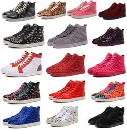 Diseñador de moda Marca Studded Spikes Flats zapatos para hombre sandalias rojas para hombres y mujeres amantes de la fiesta Zapatillas de deporte de cuero genuino desde fabricantes