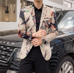 trajes para hombre más calientes Rebajas Nueva marea de moda para hombre Imprimir Blazer Diseño Hip caliente Casual Male adelgazan la chaqueta del juego del traje de cantante más el tamaño
