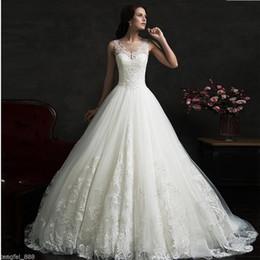 Yeni Beyaz / Fildişi A-line Yuvarlak Boyun Dantel Puf Etek Gelin Elbise Moda Kolsuz Aplike Dantel Gelinlik nereden yuvarlak dantel aplikleri tedarikçiler