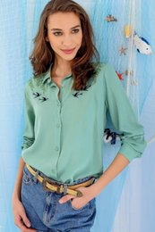 2019 colore camicia verde stile Trend: Camicia ricamata con ricamo ricamato DNZ-2513 da donna color verde chiaro stile alacati colore camicia verde stile economici