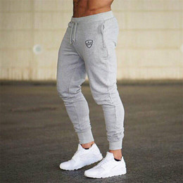 Sonbahar Erkek Moda Doğa Sporları Pantolon dar kesim Stil Saf Renk Pantolon Moda Leisure Spor Pamuk Pantolon 4 Renkler nereden