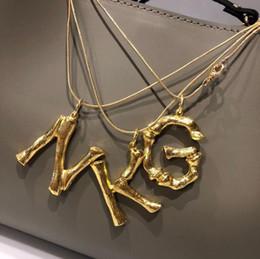 Collares de cobre para mujer online-Carta de cobre colgante, collar de mujer de lujo 18k cadena de oro partido de la mujer collares de boda joyería fina